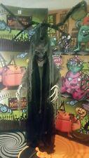 Halloween animated lifesize talking tree man  prop speaks 3 phases brand new