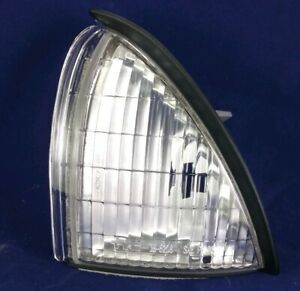 GM2550154 Fits 92-98 Oldsmobile Achieva Driver Side Front Reflector 19-5208-01