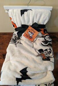 "New Disney Mickey & Minnie Mouse Halloween Throw Blanket 50""x70"""
