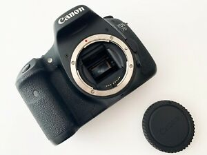 Canon EOS 7D 18.0 MP Digital SLR Camera - Black (Body Only) (8147 SHUTTER COUNT)