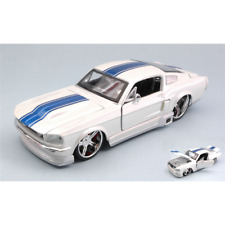 FORD MUSTANG GT 1967 WHITE WITH BLUE STRIPES 1:24 Maisto Tuning Die Cast