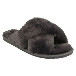 LADIES CLARKS FAUX FUR CROSS OVER MULES FLUFFY SLIDE SLIPPERS DREAM LUX SIZE