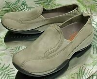 e7ca0103d755a MERRELL TAUPE LEATHER LOAFERS SLIP ONS WALKING COMFORT MOCS SHOES US WOMENS  SZ 7