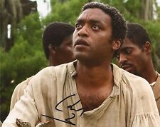 12 YEARS A SLAVE: CHIWETEL EJIOFOR 'SOLOMON NORTHUP' SIGNED 10x8 PHOTO+COA