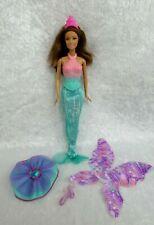 Mattel Poupée Barbie Sirène fée Papillon princesse Dreamtopia  tenue verte