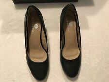 Riverberry Women's Black Leah Wedge Round Toe Shoe Size 6