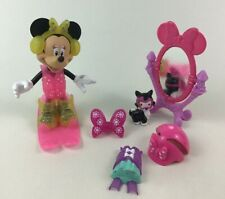 Minnie and Friends Snap N Pose Lot of 10pc Winter Playset Doll with Accessories