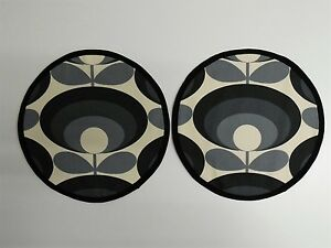 Magnetic Aga covers. Set of 2 with loops or magnet. Orla Kiely 70's cool flower.