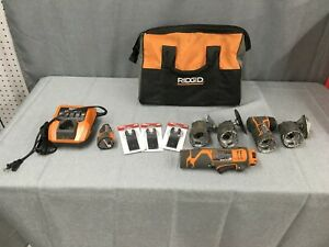 Ridgid JobMax 12v Power Handle R8223400 MulitTool with 4 Attachment Heads & More