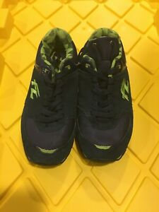 Frontline Shoes Size 8