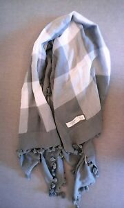 Abercrombie & Fitch Scarf  Muti Color White Grey