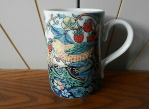 THE STRAWBERRY THIEF beautiful china coffee/tea mug SPODE William Morris & Co