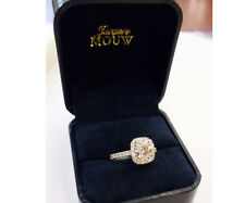 Diamond Engagement Ring 1.70 Carats Total Weight Set in Platinum G Color GIA
