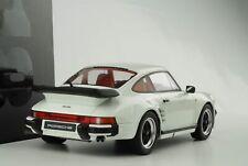 Porsche 911 930 Turbo 1982 Grand Prix White 1:18 Gt Spirit GT786