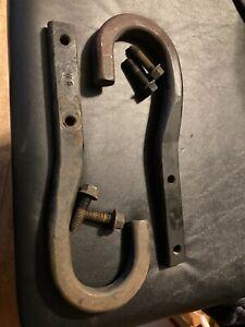 1994-05 OEM Chevy GMC Tow Hook Pair Blazer S10 Sonoma Jimmy GM 15661183 15661184