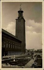 Stockholm Schweden s/w Postkarte 1929 gelaufen Stadshuset Rathaus Grünanlagen