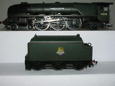 "Hornby OO R2231 BR 4-6-2 Duchess Class ""Duchess of Rutland"" Steam Locomotive"