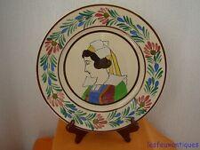 Quimper assiette décor portrait de bretonne