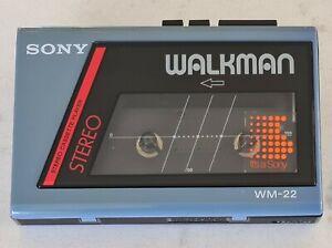 VINTAGE 1984 SONY WM-22 WALKMAN CASSETTE PLAYER IN GOOD CONDITION.