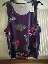 Lovely Women's Top, Size 20-22, New