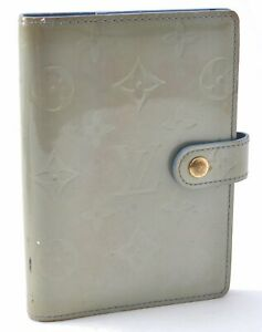 Authentic Louis Vuitton Vernis Agenda PM Day Planner Cover Light Green LV A8350