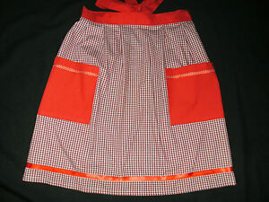 RED GINGHAM APRON WITH POCKETS - VINTAGE KITCHEN - UK MADE