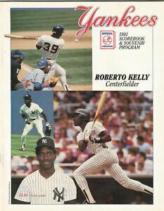1991 New York Yankees Scorebook & Souvenir Program (Roberto Kelly Cover)