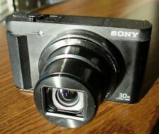 SONY CYBER-SHOT CAMERA: 18.2 MP DIGITAL ( DSC-HX80). Perfect for vlogging!