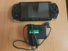 PSP 3004 Silm Konsole Schwarz mit Ladekabel