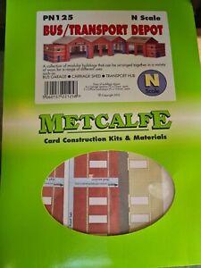 Metcalfe n gauge PN125 bus/transport depot