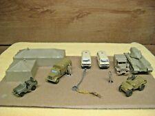 HO IHC  WW II MILITARY BASE STATION U.S. ARMY #RR-5460 DESERT TAN BLDG. & TRUCKS