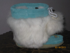 NIB CANADIAN KIDS SUEDE MUKLUKS WITH WHITE RABBIT FUR, HOT PINK orTurquoise