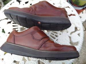 Mens Dark Tan CLARKS Un Abode Unstructured Strap shoes Size 9 1/2 H