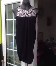 DOROTHY PERKINS BLACK FLORAL NECKLINE THIGH LENGTH TOP  - SIZE 6