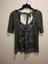 Anthropologie Akemi + Kin Size S Gray Bowknot Floral Short Sleeve Top