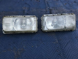 Mercedes OEM 116 Pair of Euro Headlight Assemblies 6.9 280 S 350 450 SE L good c
