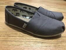 Women's Tom's Canvas Shoes, Size 9, Gray