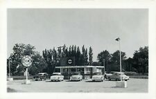 A&W ROOT BEER ROADSIDE DRIVE IN RESTAURANT VINTAGE REAL PHOTO POSTCARD VIEW