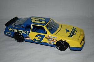 Action 1:24 1995 Diecast Nascar Dale Earnhardt #3Wrangler Aerocoupe Monte