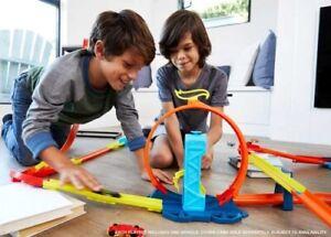 NEW Hot Wheels Track Builder Unlimited Asst