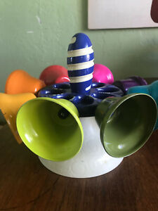 Bostar Juguetes de ba/ño para beb/és para ni/ños Pato Lindo rociador de Agua de Huevo Amarillo ping/üino Piscina Juguetes flotantes para ni/ños ni/ñas ni/ños