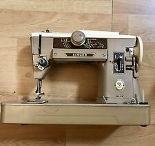 VERY NICE SINGER 401A SLANT NEEDLE SEWING MACHINE SEWS LEATHER  BUTTON STITCHER
