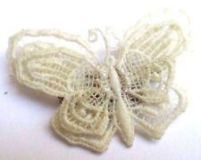 Ancienne broche bijou vintage unique fin papillon en dentelle blanc cassé 3349