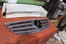 Original Mercedes W169 W245 -  Kühlergrill Verkleidung 1698800783 NEU NOS