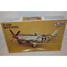 MINICRAFT HASEGAWA P-51D MUSTANG PLASTIC MODEL KIT 1/32 SCALE