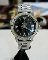 ZODIAC SEAWOLF AUTOMATIC .1750B reference 722-946 Vintage Divers Watch.17J