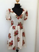 Size 6 Lovely Vintage Style Topshop Floral Dress Great Condition