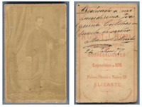 A. Guyot et C. Nicora, Alicante Un homme pose CDV vintage albumen carte de visit