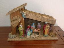 Komplett-Set Weihnachtskrippe mit 12 Figuren Weihnachten Krippenstall aus Holz