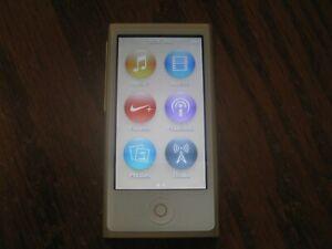 iPod Nano 7th Generation Gold Excellent Condition